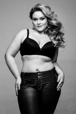 Aline Zattar, a Miss Brasil Plus Size 2013