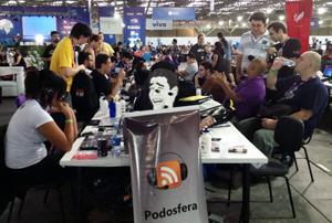 """Bancada dos podcasters"" na Campus Party 2013"