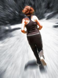Tanto faz malhar por 30 ou 60 minutos diariamente! Pesquisadores garantem que a redução de peso e de massa corporal será a mesma!